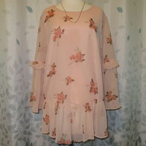 Lauren Conrad Floral Bell Sleeve Blouse XL NWT